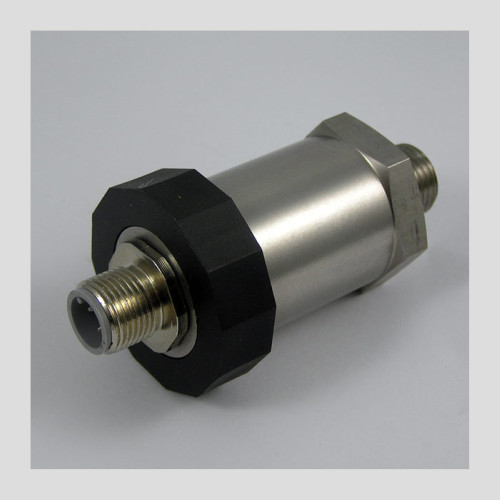 5000 psi hydraulic pressure transmitter with M12 electrical connector